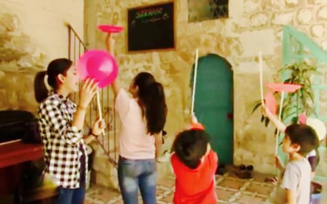Sirkhane Social Circus School Helps Refugee children in Turkey