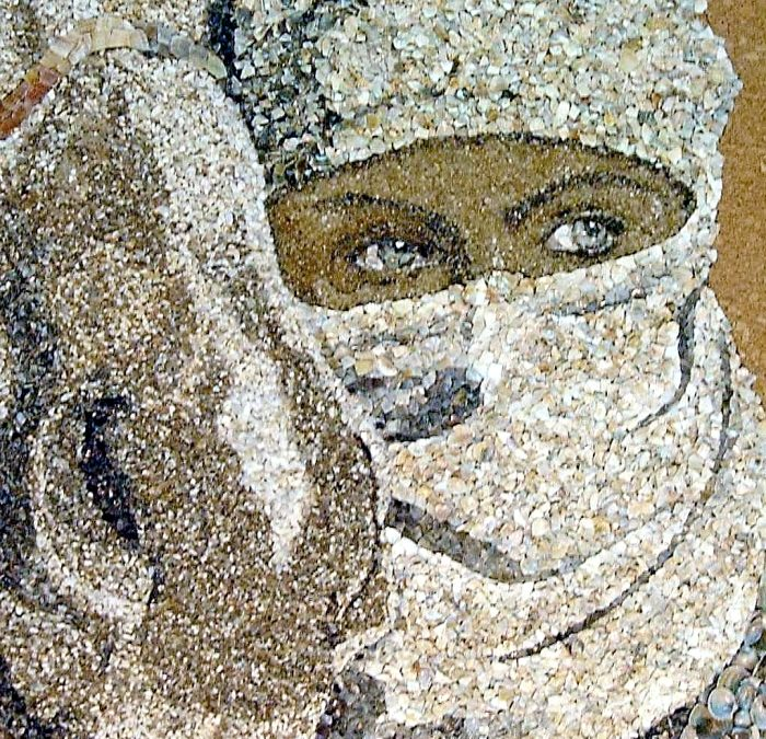 Spectacular Mosaics Made of Sand and Shells