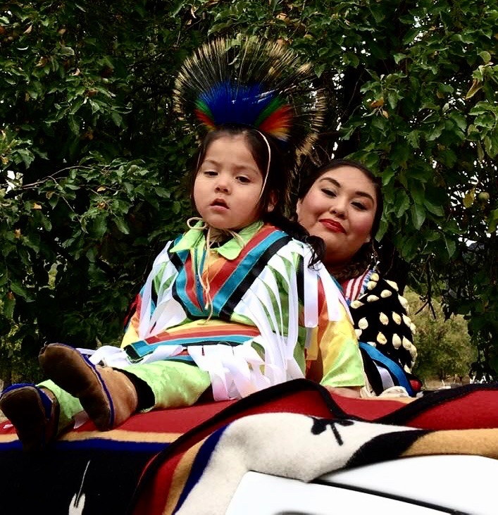 2018 Parada with Miss Indian World
